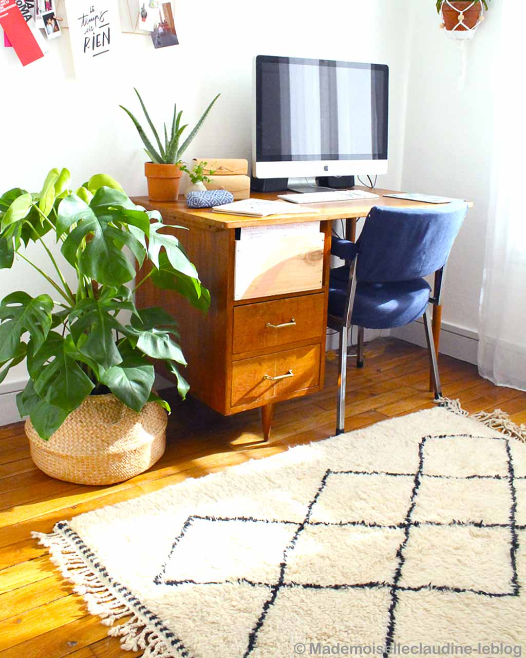 computer table with apple system oriental rugs