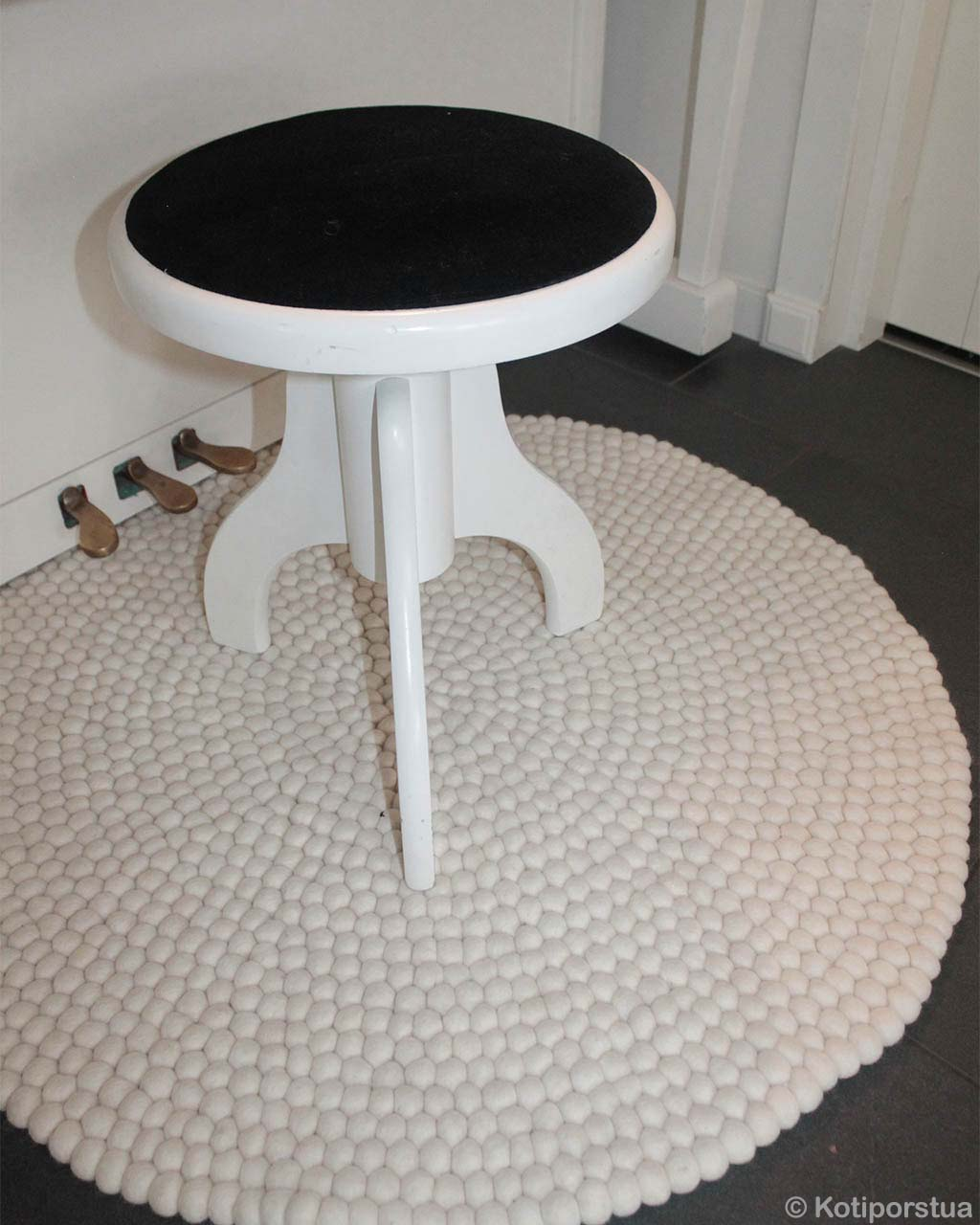white round table with black top fresh floor rugs
