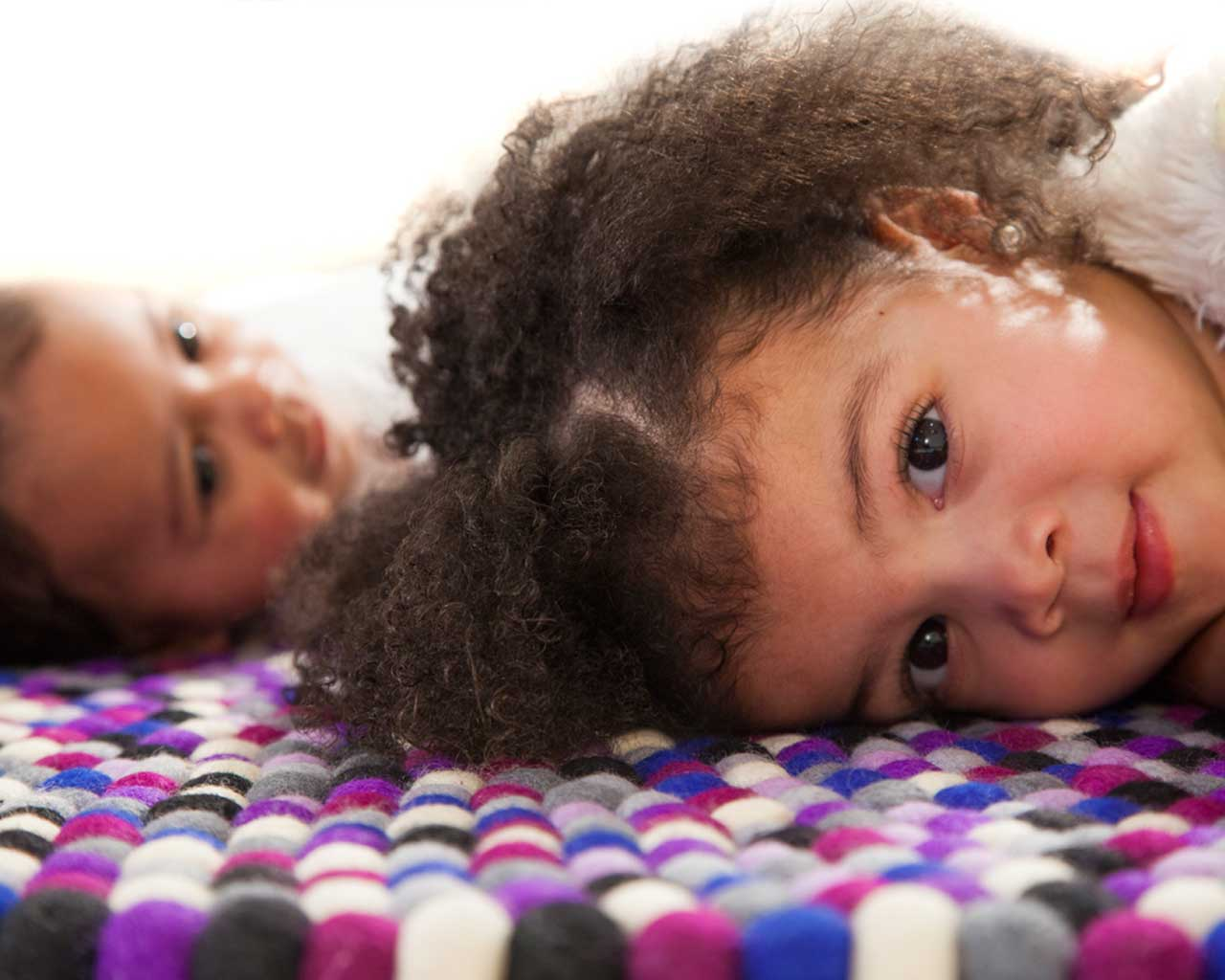 two kids round felt carpet