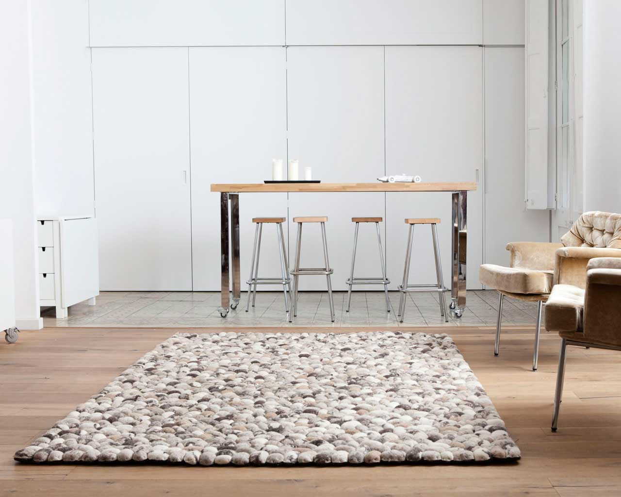 designer apartment stones carpet beige white